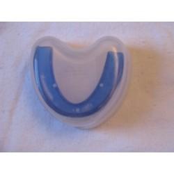 מגן שיניים צבעוני בקופסא